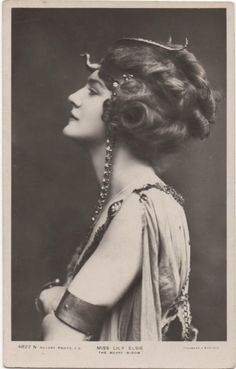 VINTAGE PHOTOGRAPHY: Lily Elsie