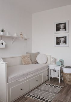 all-white kids room Small Room Bedroom, Room Decor Bedroom, Kids Bedroom, Bedroom Lighting, Bedroom Ideas, Bedroom Lamps, Spare Room, Small Rooms, Nursery Ideas