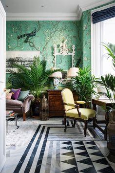 Как в сказке: квартира дочери создателя бренда обоев De Gournay в Лондоне | Пуфик - блог о дизайне интерьера