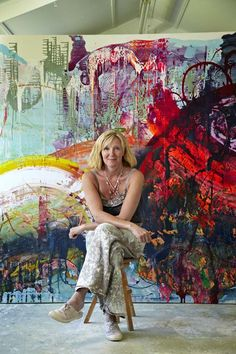 Artist with giant abstract painting, jessica zoob Artist Life, Artist At Work, Atelier Photo, Painters Studio, Art Studios, Art Techniques, Amazing Art, Abstract Art, Abstract Paintings