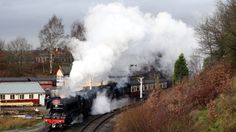 one of nigel gresley's engineering masterpieces returns to steam at the age of 93 years old!
