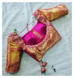 Golden Blouse Designs, Best Blouse Designs, Wedding Saree Blouse Designs, Pattu Saree Blouse Designs, Blouse Back Neck Designs, Blouse Neck, Traditional Blouse Designs, Designer Blouse Patterns, Dress Patterns
