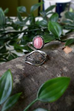 Rhodochrosite Gemstone Sterling Silver Fine Silver Filigree | Etsy Filigree Ring, Silver Filigree, Silver Rings Handmade, Handmade Items, Gemstones, Sterling Silver, Metal, Beautiful, Jewelry