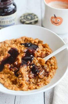 Pumpkin Oatmeal with Blueberry Swirl - the most delicious fall breakfast recipe!
