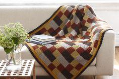 Quilt inspired Americana afghan, found on : http://www.lionbrand.com/printablePatterns/L32034.pdf