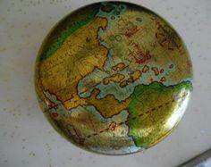 Globe Powder Tin