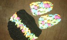 Gorrito niña negro con fosforescentes y pantunflas