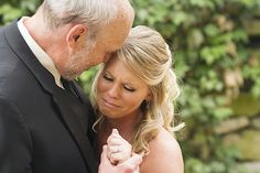 A sweet moment between the bride and her father. Photo by @thejewelsphoto