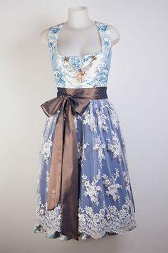 Wunderschönes Exklusives Couture Dirndl Gr. 32,38 von Trachtine auf DaWanda.com