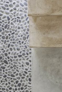 render and river stones munarq-felanitx-house, mallorca Floor Patterns, Floor Finishes, Nature Decor, Architecture Details, Interior Design Living Room, Flooring, Inspiration, Stairs, Building Information Modeling