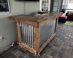 Cinder Metal foo-bar - Rustic Corrugated Metal and Wood U shaped indoor or covered patio Bar Patio, Outdoor Patio Bar, Rustic Outdoor Bar, Deck Bar, Outdoor Bars, Outdoor Fun, Pallet Bar, Corrugated Metal, Diy Pallet Projects