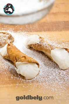 Many believe Carlo's Bake Shop to have the most delicious cakes, cookies and pastries in the New York City area and we're not going to argue! Their cannolis feature heavenly cream wrapped in crispy cannoli shells; what could be better?