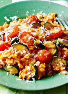 Low FODMAP & Gluten free Recipe - Tomato & zucchini risotto   http://www.ibssano.com/low_fodmap_recipe_tomato_zucchini_risotto.html
