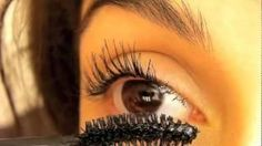 Beauty - Mascara Tutorial: How to make your eyelashes look long and thick.