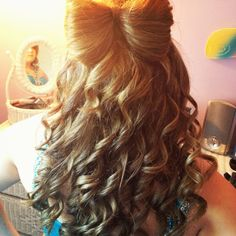 Did my cousins hair for prom #bow