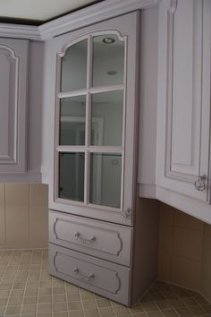 Cottage Kitchen hand painted and distressed in F&B, Calluna... www.peelingpaint.co.uk