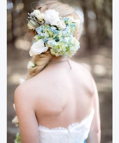 Flowers in wedding hairstyle