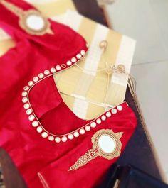 Valkannadi design blouse Best Blouse Designs, Sari Blouse Designs, Kurti Neck Designs, Mirror Work Saree Blouse, Mirror Work Blouse Design, Kerala Saree, Trendy Sarees, Girls Fashion Clothes, Indian Designer Wear