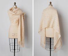vintage woven shawl / woven textile wrap / Irish wool shawl / Laoghaire shawl
