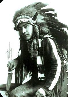 Unidentified Native American man. Canada. ca. 1900.