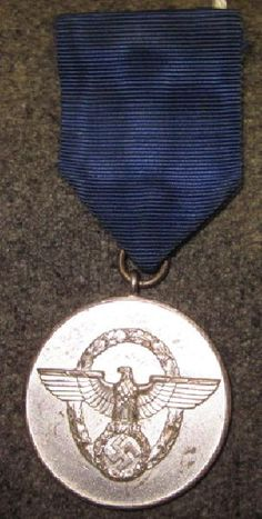 - WWII German Police 8 Year Honorable Service Medal: Very Good condition.