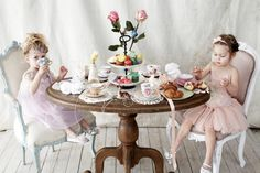 ~*~*~*~a tea party!~*~*~*~The Ladies Room