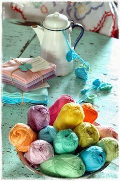 Wonderful colors. niebieska chata