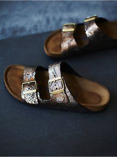 Dress up your feet with Free People's beautiful sandals. Pick a pair of Birkenstock, beach shoes or fringe sandals that is stylish and super comfortable. Fringe Sandals, Leather Sandals, Fall Shoes, Summer Shoes, Fashion Shoes, Fashion Jewelry, Splendid Shoes, Wooden Sandals, Beautiful Sandals