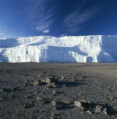 ✭ A view of Mount Kilimanjaro's summit crater ice field - Tanzania, Africa
