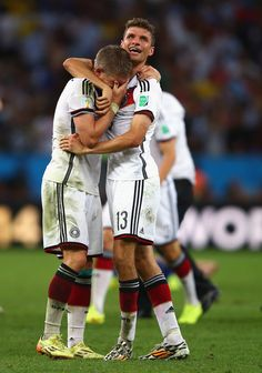 Bastian Schweinsteiger Photos - Germany v Argentina: 2014 FIFA World Cup Brazil Final - Zimbio Bastian Schweinsteiger, World Cup Champions, We Are The Champions, Fc Bayern Munich, Germany Soccer Team, Football Is Life, Football Pics, Philipp Lahm, Fifa 2014 World Cup