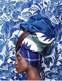 chinoiserie ♡ : We ♥ the turban : Mode Inspiration, Color Inspiration, Fashion Inspiration, New Blue, Blue And White, Black, Blue Brown, Foto Portrait, Bleu Indigo