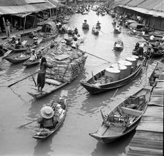 Mercado Flotante, Tailândia 1950 www.calcathai.com