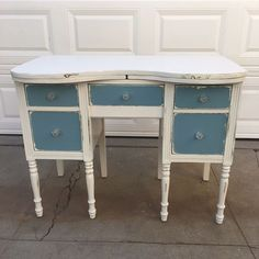 """Gorgeous vintage desk $145. Dimensions: W40 x H31 x D21"""" Local San Diego Affordable Furniture. Email mondaymarqt@gmail.com To Purchase. Curbside delivery is $20 anywhere in the local SD area. . . #sandiego #furniture #furnituredesign #sandiegofurniture #sandiegoliving #northpark #southpark #ilovesd #lajolla #delmar #dtsd #homedecor #interiordesign #decor #upcycle #refurbish #vintagefurniture #antique #boho #airbnb #beachlife #carmelvalley #sundaymarqtSD #lajollalocals #sandiegoconnection…"""