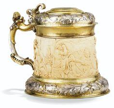 Chope en ivoire monté en argent et vermeil, par Johann Baptist I Weinold, Augsbourg, vers 1640 - Sotheby's