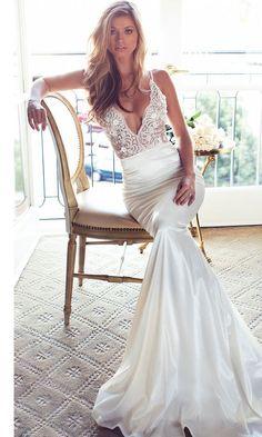 Lurelly deep v-neck sheath wedding dress - Deer Pearl Flowers / http://www.deerpearlflowers.com/wedding-dress-inspiration/lurelly-deep-v-neck-sheath-wedding-dress/