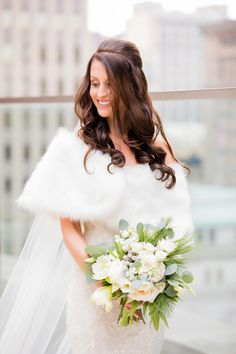 Just when we thought an emerald green, gold, white, and black color palette couldn't get any more beautiful, here comes along this Hotel Monaco wedding. Wedding Vest, Diy Wedding Bouquet, Wedding Hair Pieces, Boho Wedding Dress, Wedding Bridesmaids, Wedding Dresses, Best Wedding Hairstyles, Bride Hairstyles, Winter Wedding Flowers