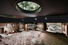 Situato nel cuore più antico di Verona, l'hotel Palazzo Victoria offre un originale mix tra storia e futuro. Da un lato, mobili e quadri di design contemporaneo, dall'altro le pietre millenarie risalenti all'epoca romana, con un risultato di grande fascino. http://goingpeople.com/palazzovictoria