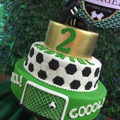 Soccer Party Favors, Soccer Birthday Parties, Football Birthday, Chelsea Football Cake, Sports Themed Cakes, Soccer Cake, Sport Cakes, Football Themes, Barbie Birthday