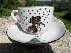 RYBNA FILIŻANKA. JESTEM Z NIEJ DUMNA. POJECHAŁA W ŚWIAT. Tea Cups, Mugs, Tableware, Art, Art Background, Dinnerware, Tumblers, Tablewares, Kunst