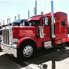 Big Rig Trucks, Semi Trucks, Cool Trucks, Peterbilt 389, Peterbilt Trucks, Custom Big Rigs, Custom Trucks, Heavy Construction Equipment, Heavy Equipment