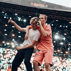 Dream Boyfriend, Twin Brothers, Concerts, Norway, Singers, Have Fun, Twins, Give It To Me, Mac