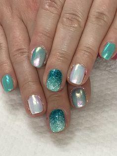 Summer Mermaid Nails Indigo Emerald Mermaid powder, What's Up Aurora Pigment, Ombré Glitter Gel Nails