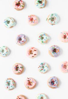 diy // teeny tiny donut shaped chocolate candies