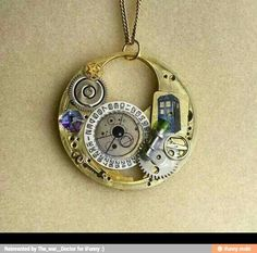 Omg yes doctor who. The perfect necklace!