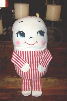 VINTAGE CUMFY DUMFY *PILLOW HUMPTY DUMPTY DOLL PLAKIE BRAND RED WHITE STRIPES **