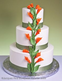 Calla Garland Cake