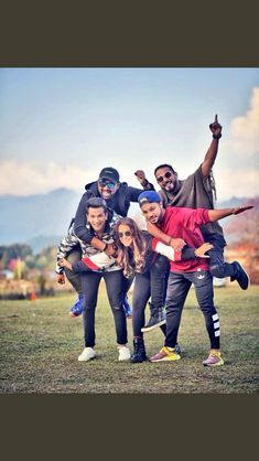 #roadies Rannvijay Singh, Cute Celebrities, Celebs, Mtv Roadies, Black Hd Wallpaper, Lights Camera Action, Fashion Photography Poses, Real Hero, Rapper