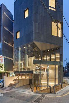 Building Layout, My Building, Building Design, Contemporary Architecture, Interior Architecture, Door Design, House Design, Best Build, Small Buildings
