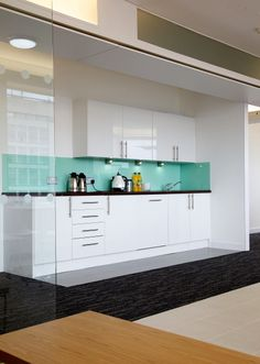 Tea point, 0 - 10,000 sq. ft, London SW1, 7 weeks, an office design and fit out project by Oktra.