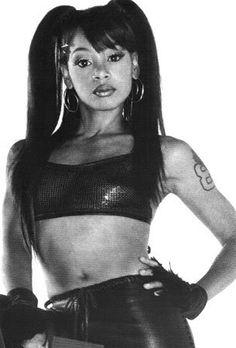 """Lisa """"Left Eye"""" Lopez born Lisa Nicole Lopes (May Lisa Nicole, Lisa Left Eye, American Rappers, Black Girl Aesthetic, Women In History, Celebs, Celebrities, My Idol, Beautiful People"""